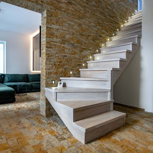 limestone tiled hallway nh 1