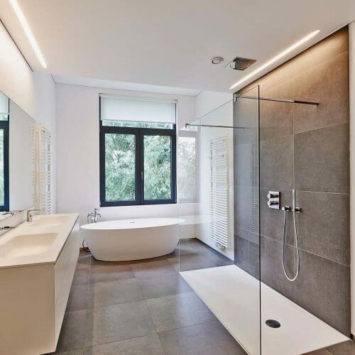 luxury modern bathroom 1
